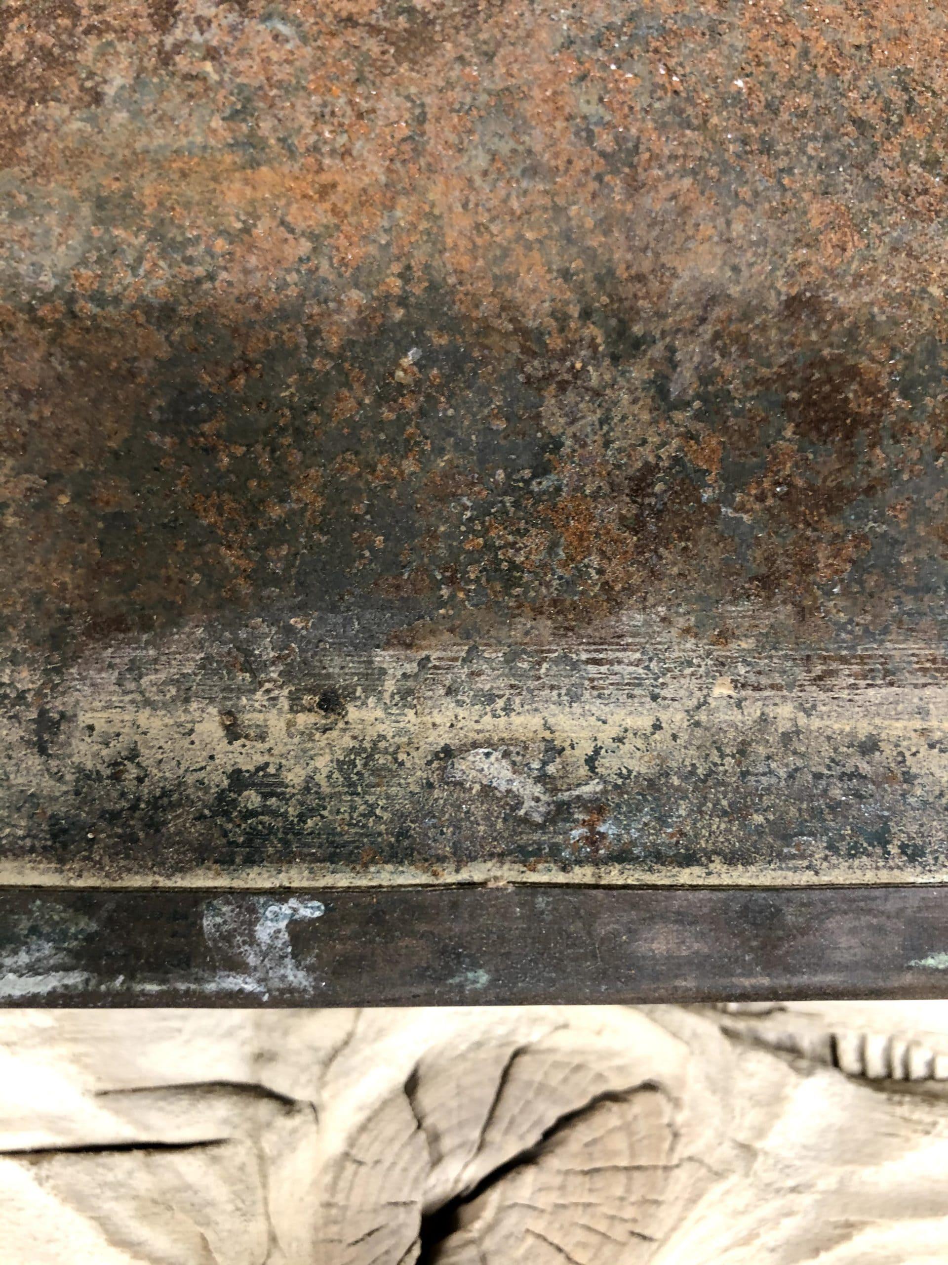 Corrosion très visible