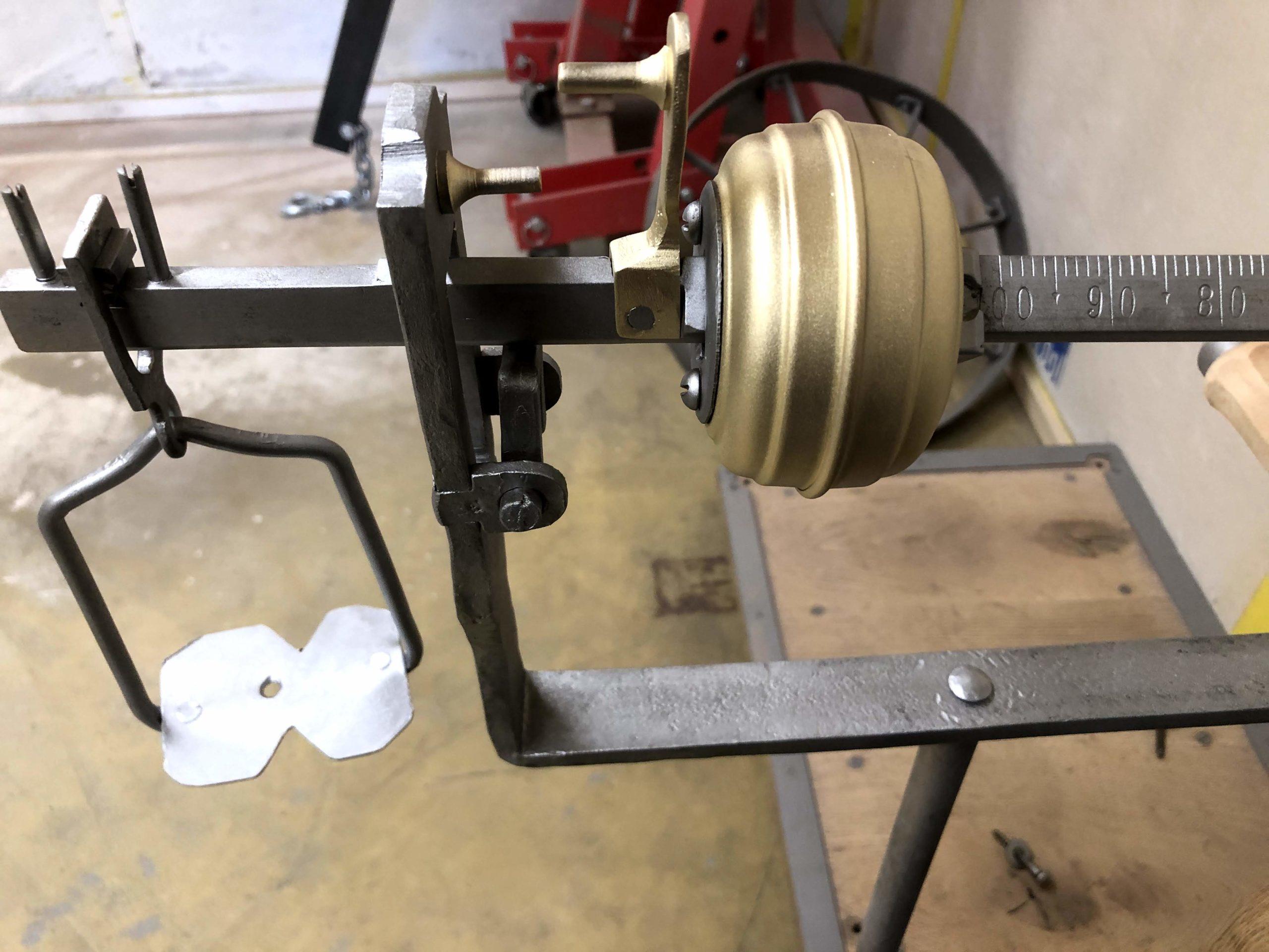 le métal est remis à nue avec nos travaux de microgommage