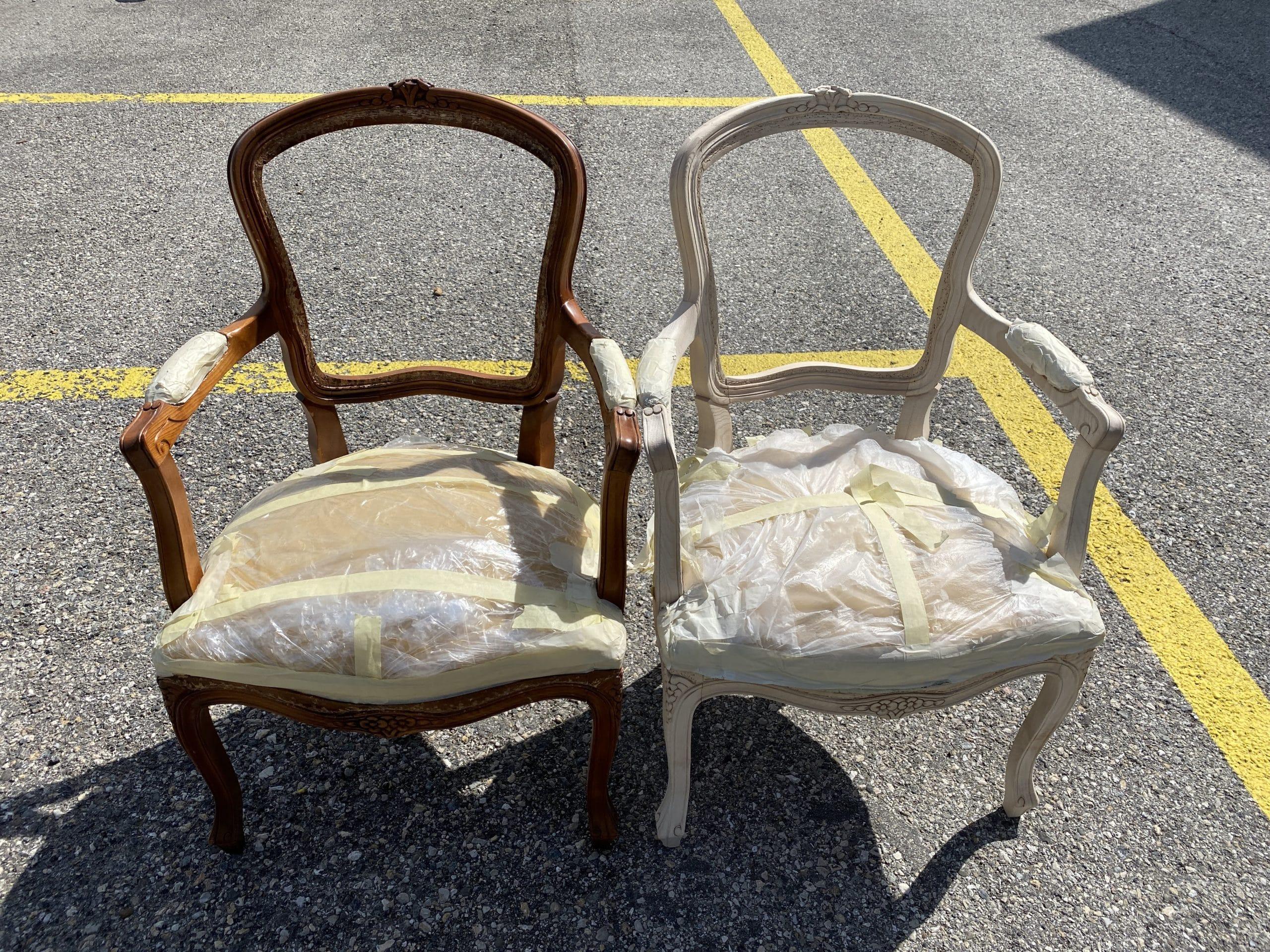 Comparaison entre les 2 chaises avant/et après aérogommage