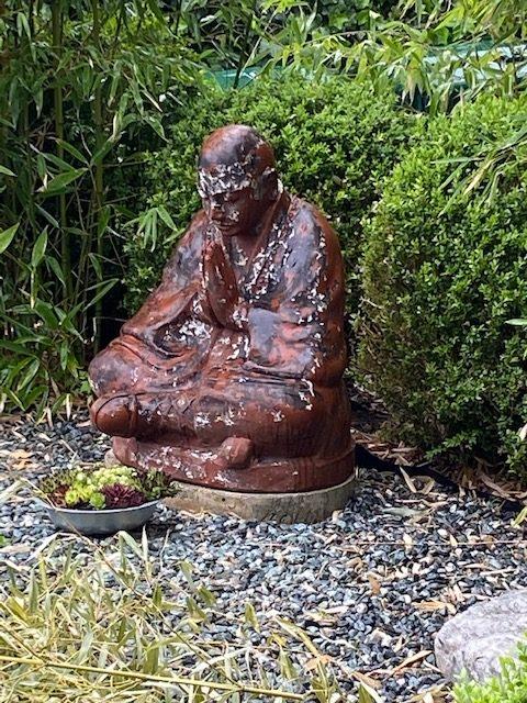 Statue extérieure en terre cuite
