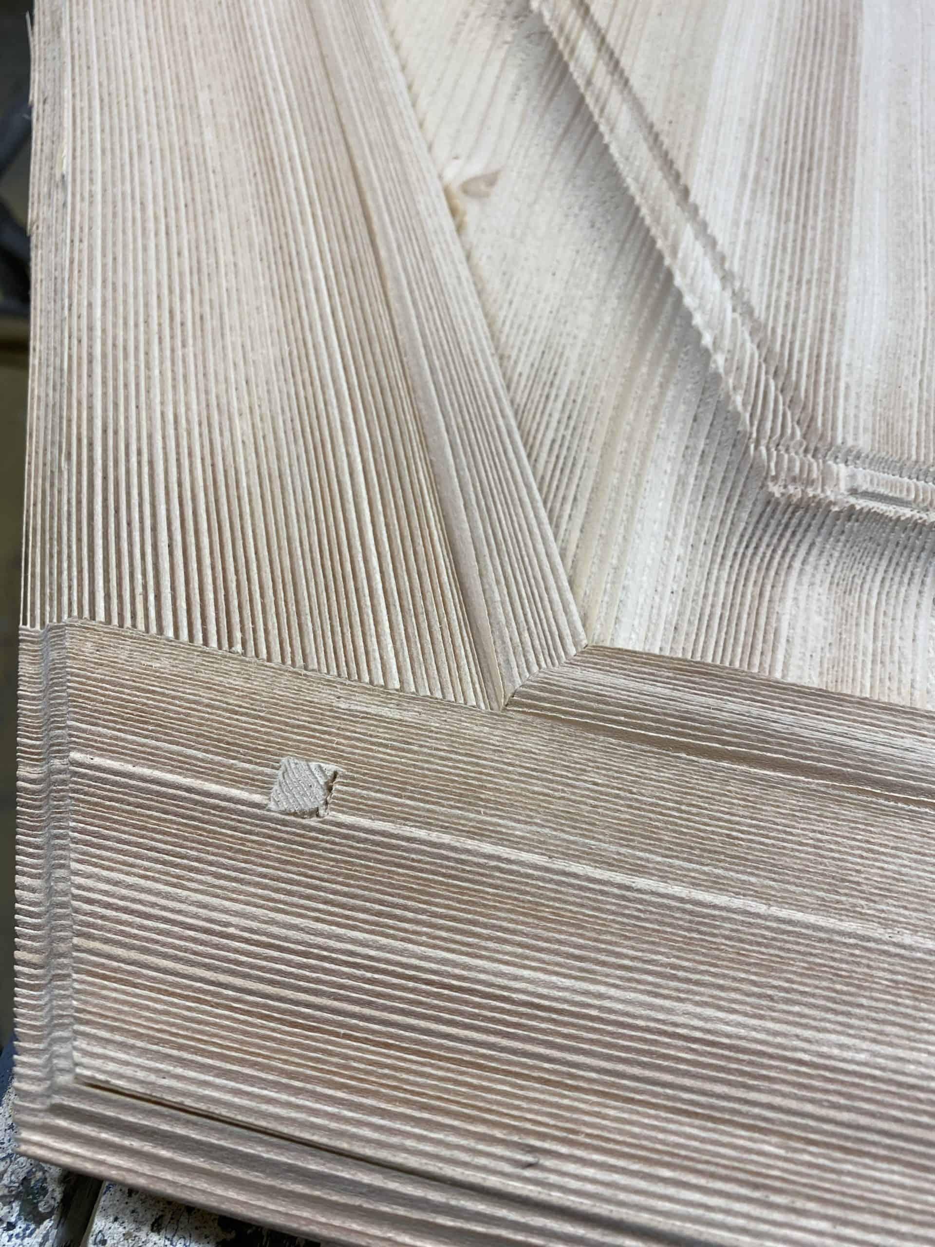 Veinage tendre du bois creusé a la demande de notre client