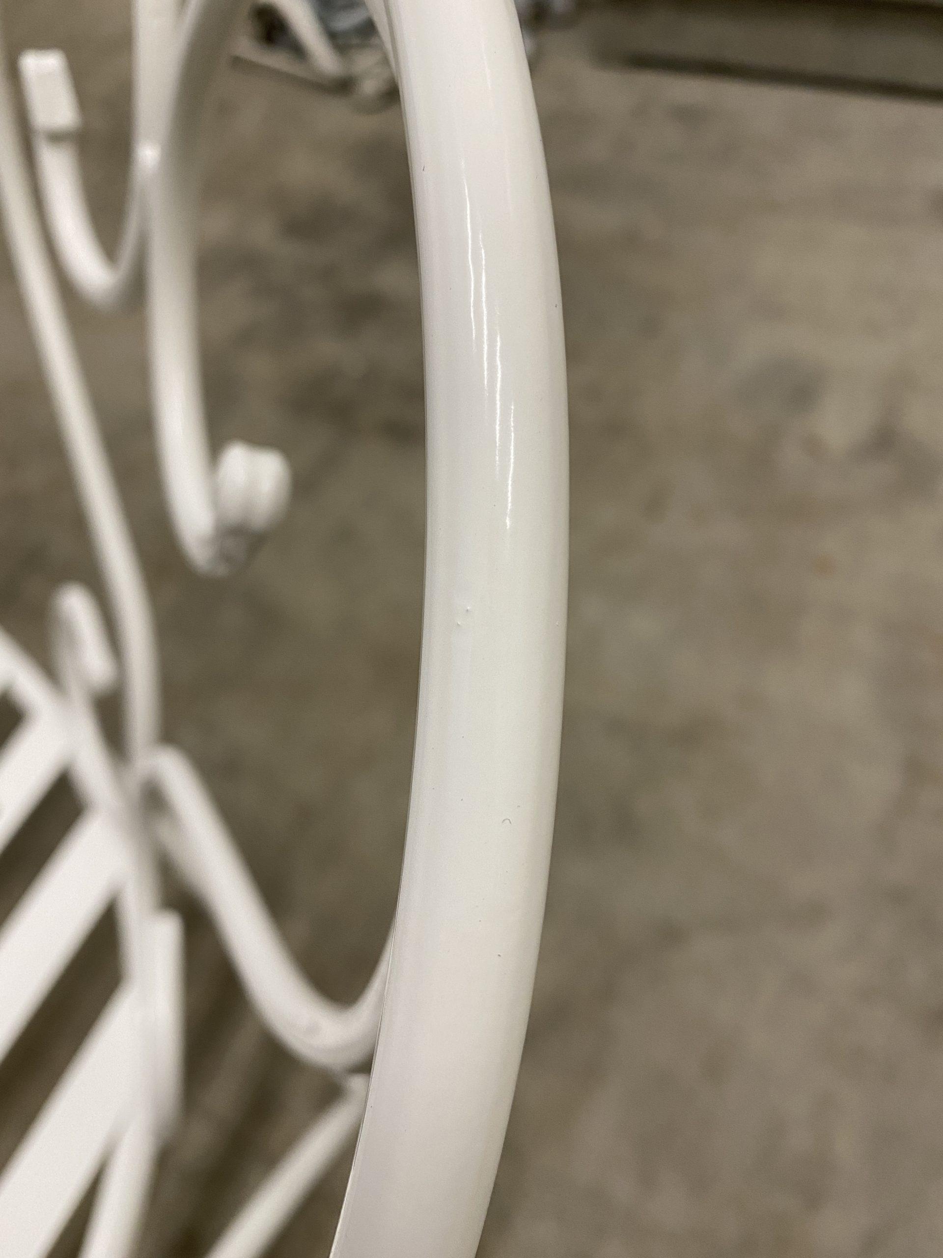 le thermolaquage donnera une protection au métal pendant de longues années